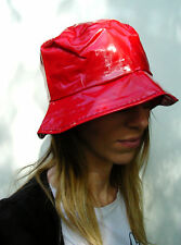 LADIES 60s STYLE PVC RAIN HAT 4 SIZES SHINY RED FR15