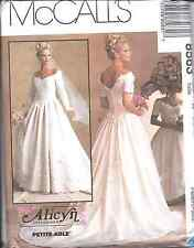 UNCUT Vintage McCalls SEWING Pattern Alicyn Excl. Bridal Gown Wedding 8563 OOP