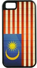 Malaysia Flag on Distressed Wood TOUGH-IT Case for iPhone 4/4s, 5/5s