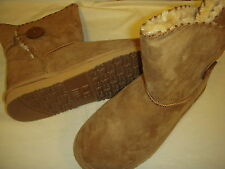 Lamo Snowmass Suede Leather, Faux Fur Lined, Button Detail Womens Ankle Boots