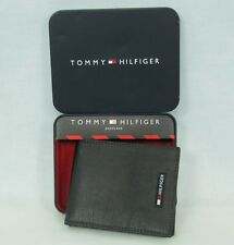 Tommy Hilfiger mens wallet genuine leather wallet passcase NEW