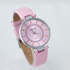 Top Quality Fashion Women Girl's Gift Watch Leather Dress Quartz Wristwatch U57