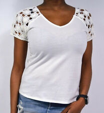 very chic Short Sleeve Top white with Crochet Application by SURKANA Size S/M/L