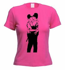 BANKSY KISSING COPPERS WOMENS T-SHIRT - Police - Choice Of Colours - Size S-XL