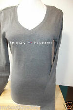 NEW WITH TAG WOMENS TOMMY HILFIGER GRAY LONG SLEEVES V NECK  W/ EMBROIDERED LOGO