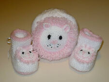 HAND KNITTED. LION BABY  HAT AND BOOTIES. SET.DRESSY.EVERYDAY.0/3MONTH