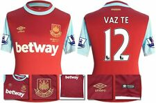 *15 / 16 - UMBRO ; WEST HAM UTD HOME SHIRT SS + PATCHES / VAZ TE 12 = SIZE*