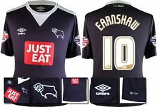 *15 / 16 - UMBRO ; DERBY COUNTY AWAY SHIRT SS + PATCHES / EARNSHAW 10 = SIZE*