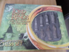 LORD OF THE RINGS FELLOWSHIP OF TEH RINGS CHESS SET ANTIQUE EFFECT FREE POST