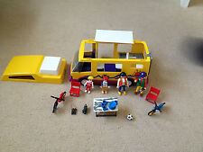 playmobil 3945 vacation camper van and figures and accessories