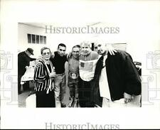 Press Photo Boxing Champion with his friends and relatives - orc01495