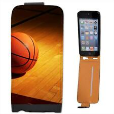 Basketball on Wooden Court Leather Flip Case for Apple iPhone 5s