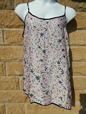 BNWT Love Label size 18 long vest top with daisy front