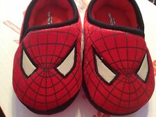 Spiderman red boy slip on  slippers youth  M 7/8  toddler boy