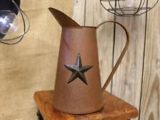 Primitive new rusty tin decor coffee pot w/STAR  / nice greens/flower holder