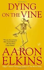 Dying on the Vine (Gideon Oliver Mysteries) by Aaron Elkins 9780425255476