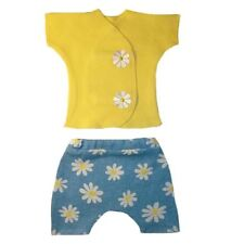 Delightful Daisies Baby Girl Shirt Shorts Outfit - 4 Preemie and Newborn Sizes.