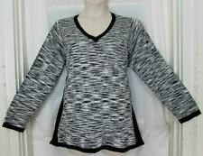 Avenue $49 Darling Black Grey White Side Inserts Sweater Knit Top 2X 18/20 NWT