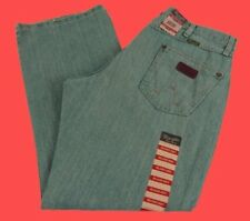 Mens NWT Wrangler Retro Mid Rise Boot Cut Relaxed Jeans WRT20WB Light Pick Size