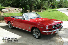 Ford : Mustang 2 Door Convertible
