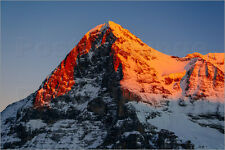 Pósters/imagen del lienzo Eiger mountain peak at Sunset View from Lau... - p. wey