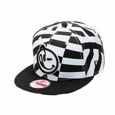 YUMS Headwear Classic New Era Razzled Black and White Snapback Cap