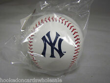 1 New York Yankees Team Logo Ball MLB Baseball Rawlings