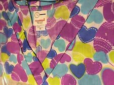 "Print Scrub Top ""V"" Neck Colored Hearts on White by Scrubtime size 6XL"