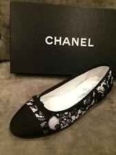 CHANEL 16C Lace Fabric Cap Toe Ballerina Ballet Flats Shoes Black White $795