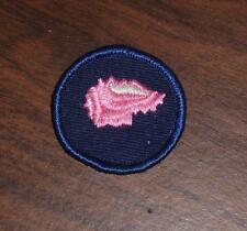 "VINTAGE 1970s GIRL GUIDES OF CANADA ""COLLECTOR"" BADGE USED"