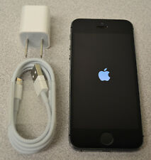 Apple iPhone 5S 16GB (TracFone Wireless) - Space Gray + 90-Day Warranty!
