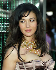 MONICA BELLUCCI BUSTY CANDID POSE PHOTO OR POSTER