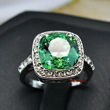 18k White Gold Plated Peridot Green Square Ring Made With Swarovski Crystal R128