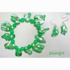 MOP Shell Wonky Shaped Dyed Shell Beaded Stretch Bracelet Green