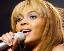 Beyonce Knowles Close Up Singing Color Poster or Photo