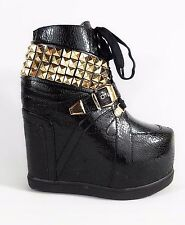 Privileged Vengeance Sneaker Wedge Gold Stud Collar Chain Laces 6-10 Black