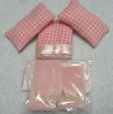 DOLLHOUSE LINENS, 2 PILLOWS, BLANKET & 2 TERRY TOWELS WITH LACE TRIM