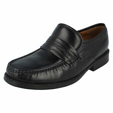 Mens Clarks Black Leather Slip On Shoes HELM WORK G Fit