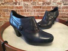Clarks Ruby Edge Navy Blue Leather Button Shootie Pump New