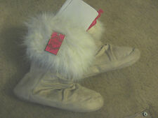 Candies Fax Fur Womens Shoes sz L (9-10)