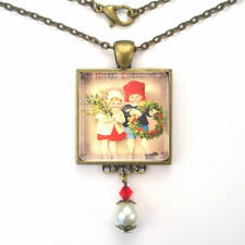 CHRISTMAS CHILDREN HOLLY WREATH VINTAGE CHARM BRONZE OR SILVER PENDANT NECKLACE