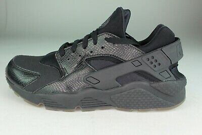 6a41a9164161f NIKE AIR HUARACHE MEN SIZE 12.0 BLACK GOLD NEW SUPER RARE COLOR COMBO
