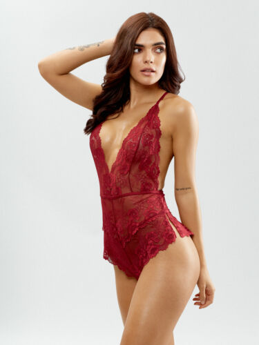 Ann Summers Silvia Red  With Diamonte Open Bum Briefs Size  Large 16-18  NWT