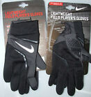 Mens Nike Lightweight Field Player's Gloves Football Sport  ,size   LARGE   BNWT