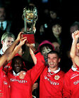 MANCHESTER UNITED WINNING THE INTERCONTINENTAL WORLD CUP 1999 03 PHOTO PRINTS