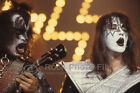 Kiss 77/09/04 photo 11, Gene Simmons Ace Frehley - FORT WORTH