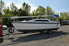 2002 26' MacGregor 26X Motorsailer with 50HP Honda 4 Stroke Trailer Very Nice