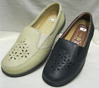 Ladies Easy B Temple Navy or Beige Leather shoe