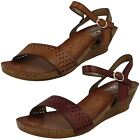 Ladies Down To Earth Wedged Summer Sandals *F10698*