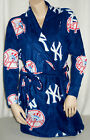 New York Yankees Women's Robe MicroFleece Scoreboard MLB